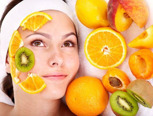 بهترین ماسک های میوه ای جوان کننده پوست